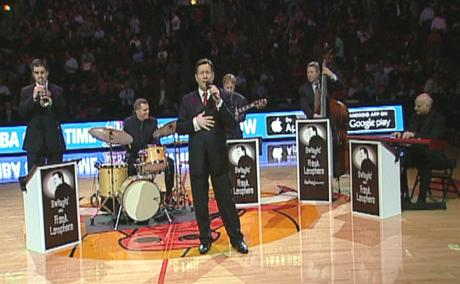 Rat Pack style singer Frank Lamphere and his band performing at Chicago's United Center (Bulls vs Nets half-time) in 2014